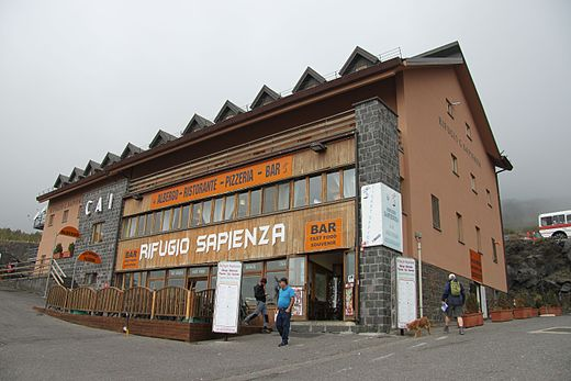 Mount_Etna_-_Rifugio_Sapienza
